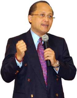 http://ivangp.files.wordpress.com/2009/03/mario-teguh.jpg